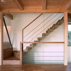 Escadas  por 西島正樹/プライム一級建築士事務所