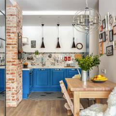 Дизайн-квартиры в ЖК Татьянин Парк: Кухонные блоки в . Автор – OM DESIGN,
