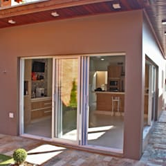uPVC windows by Lozí - Projeto e Obra