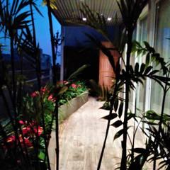 Jardin avant de style  par Bilüm: bioingeniería del paisaje