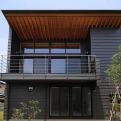 Casas de madera de estilo  por 西島正樹/プライム一級建築士事務所