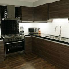 Absolute Black Granite Kitchen Countertop in Mandaue City:  Kitchen by Stone Depot,
