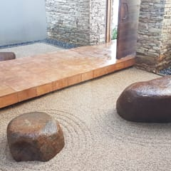 LOEWENTHAL:  Garden by Japanese Garden Concepts, Asian