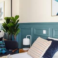 Vivienda de Pedro: Dormitorios de estilo  de Rez estudio