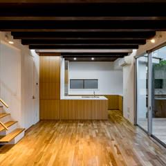 練馬の家: 株式会社YDS建築研究所が手掛けたキッチンです。