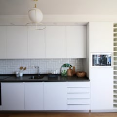 Casa Millennial Pink Cozinhas escandinavas por Rima Design Escandinavo