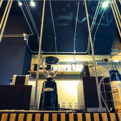 High-Tech _ Lofting Coffee 根據 泫工所構築設計研究室 工業風