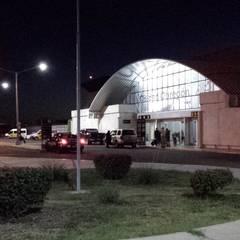 AEROPUERTO CD. OBREGÓN, SONORA: Aeropuertos de estilo  por COMERCIALIZADORA BIOILUMINACIÓN SA DE CV
