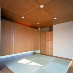 أجهزة إلكترونية تنفيذ 西島正樹/プライム一級建築士事務所