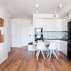 Sweet home Warsaw: styl , w kategorii Kuchnia zaprojektowany przez Perfect Space