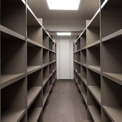 Rénovation bureaux pro: Bureaux de style  par réHome