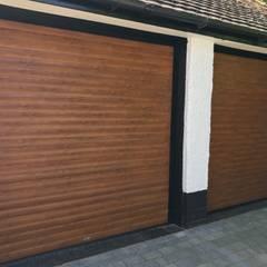 Puertas de garajes de estilo  por Garageflex