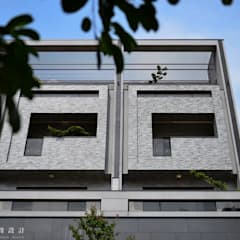 住盛不動產/天鑽V-金迷風尚:  房子 by SING萬寶隆空間設計