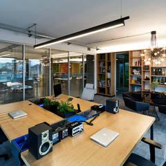 ADG İç ve Dış Tiç. – Gri Cretif Ofis Projesi:  tarz Ofisler ve Mağazalar
