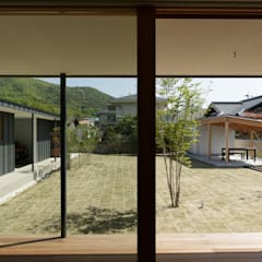 Wooden windows by toki Architect design office