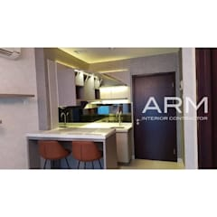 Brooklyn Apartment 1 Bedroom:  Dapur built in by PT Adhi Rajasa Mahawirya