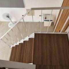 折紙居 II 白廊:  樓梯 by 喬克諾空間設計