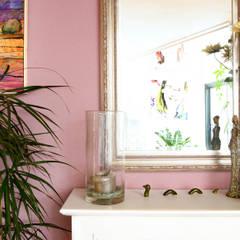 Schouw: eclectische Woonkamer door Regina Dijkstra Design