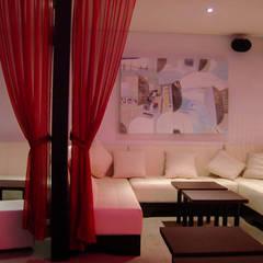 Bares y discotecas de estilo  por DISEÑO DE BARES Y RESTAURANTES B&Ö  Arquitectura, decoración, diseño de interiores y Muebles