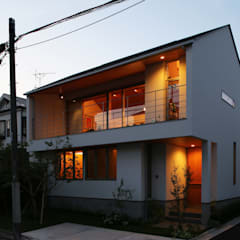 つなぎ梁の家: 西島正樹/プライム一級建築士事務所 が手掛けた木造住宅です。