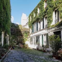 Appartamento a Parigi: Case in stile  di smellof.DESIGN