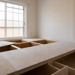 Renovation 203: 一色玲児 建築設計事務所 / ISSHIKI REIJI ARCHITECTSが手掛けた寝室です。