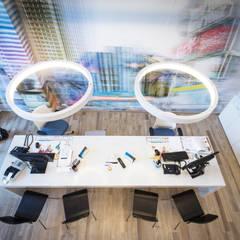 Agenzia di Vaiaggi Bubble viaggi: Spazi commerciali in stile  di A-LAB Arch. Marina Grasso