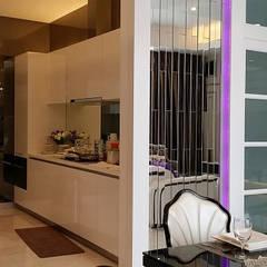 Vipod KLCC, Kuala Lumpur:  Dining room by Norm designhaus