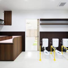 幼児トイレ: atelier mが手掛けた学校です。