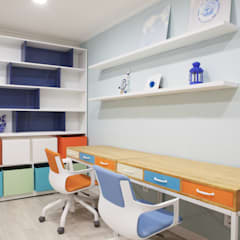 Nursery/kid's room by 더디자인 the dsgn