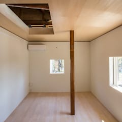 House NI: 1-1 Architects 一級建築士事務所が手掛けた寝室です。