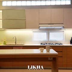 Area Dapur :  Dapur built in by Likha Interior