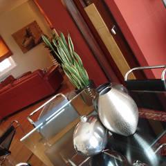 Renovatie Appartement met Italiaans Design:  Eetkamer door MEF Architect