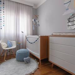Quarto Infantil VH: Quartos de bebê  por NOMA ESTUDIO
