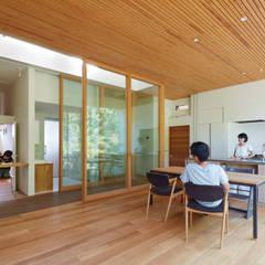 豊能郡の家 / House in Toyonogun: 藤原・室 建築設計事務所が手掛けたダイニングです。