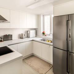 Kitchen by 봄디자인