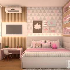 Habitaciones para niñas de estilo  por Laura Mueller Arquitetura + Interiores