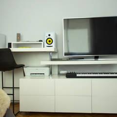 Proyecto Habitación Cerviño - Mueble transformable: Dormitorios de estilo moderno por Estudio Equilibrio