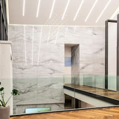 Couloir et hall d'entrée de style  par 위 종합건축사사무소