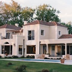 Estudio Dillon Terzaghi Arquitectura - Pilar의  일세대용 주택, 클래식 벽돌
