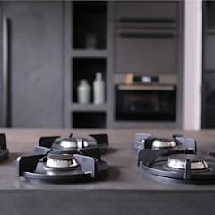 Woonhuis in Hengelo: industriële Keuken door Molitli Interieurmakers