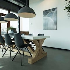 Dining room by Molitli Interieurmakers