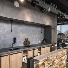 Eminent: industriële Keuken door Molitli Interieurmakers