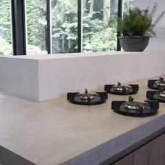 مطبخ تنفيذ Molitli Interieurmakers , إسكندينافي