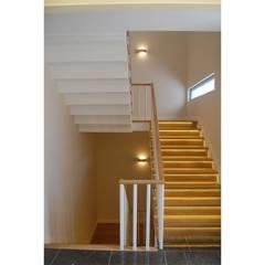 Tolga Archıtects – Lagün E House:  tarz Merdivenler