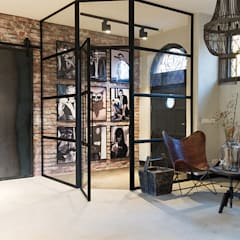 Study/office by Molitli Interieurmakers,