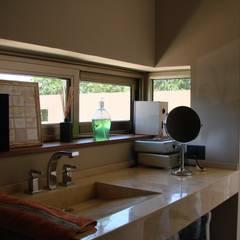 IP - Quincho | Sauna | Pileta: Spa de estilo  por Módulo 3 arquitectura,Moderno