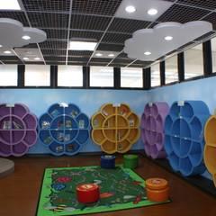 Trường học by 台中室內建築師|利程室內外裝飾 LICHENG