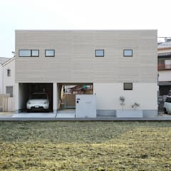 南北の風通しが快適な6間間口 「ピロティのある家」: タイコーアーキテクトが手掛けた一戸建て住宅です。,オリジナル