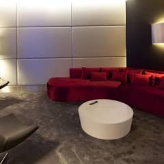 Sala de estar: Hotéis  por FAGOTEL